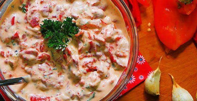 (Рецепт) Јадење кое отвора апетит: Крем салата од печени пиперки!