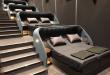 (ФОТО) Ова кино седиштата ги заменило со брачни кревети – изгледа најудобно од било кога!