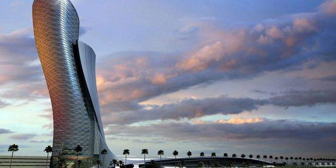(ФОТО) СИМБОЛ НА АБУ ДАБИ – Кривата кула во Пиза има конкуренција на Блискиот исток