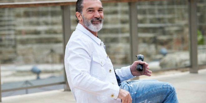 (ФОТО) И' познатиот Антониот Бандерас има коронавирус: 60. роденден ќе го прослави во карантин!