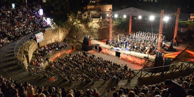 """Една од опциите е јубилејното издание на """"Охридско лето"""" да се отвори на 4 август"""