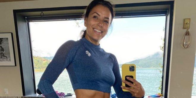 (ФОТО) Ева Лонгорија во петтата деценија, се пофали со стомачни мускули што би ги сакале и на пола помладите дами