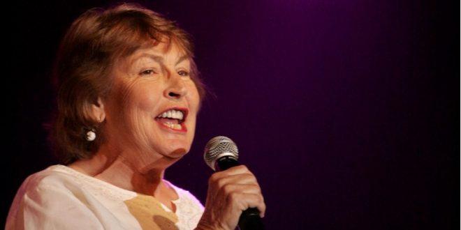 Починала Хелен Реди – пејачката на хитот кој го обожуваат жените ширум светот