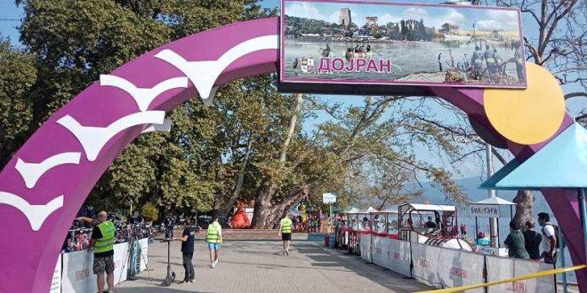 (ФОТО Галерија) Во Дојран стартуваше националното првенство во триатлон