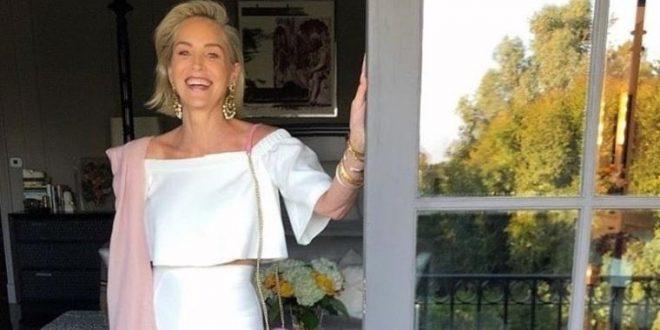 """(ФОТО) Шерон Стоун ги запалила социјалните мрежи: Еве како ѕвездата на """"Ниски страсти"""" изгледа на 62. години!"""