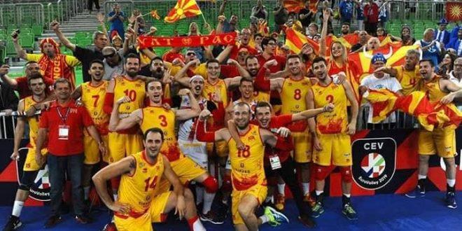 ВАКА СЕ САКА СВОЈАТА ЗЕМЈА – БРАВО ЗА ОДБОЈКАРИТЕ: Македонија се пласира на Европското во одбојка ова година, совладана силната Турција