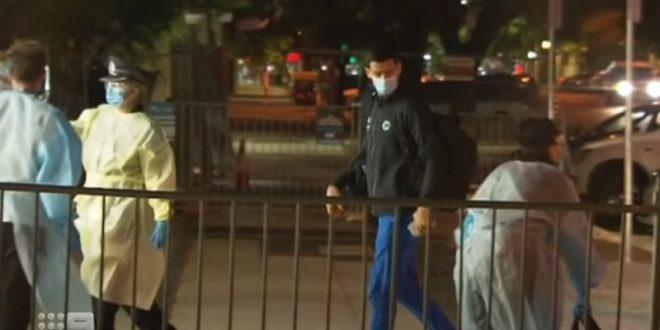 (ВИДЕО+ФОТО) Новак Ѓоковиќ е во карантин во Аделаида: Погледнете каде ќе мора да престојува 19. часа дневно!