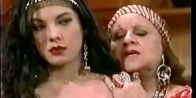 (ФОТО) На славната Касандра годините не и можат ништо: На 47. години глумицата изгледа НЕВЕРОЈАТНО!