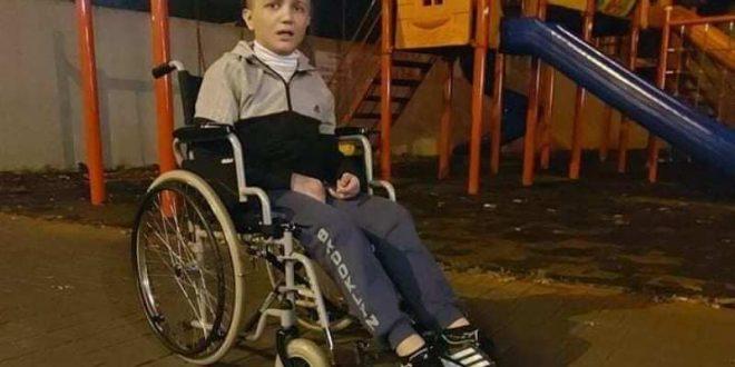 """ТРОГАТЕЛЕН АПЕЛ ОД ЕДНА МАЈКА: """"Вашите 100. денари значат живот на нозе за Кристијан!"""""""