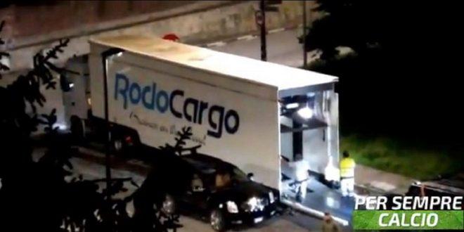 (ВИДЕО) Луксузните автомобили на Роналдо се селат од Торино