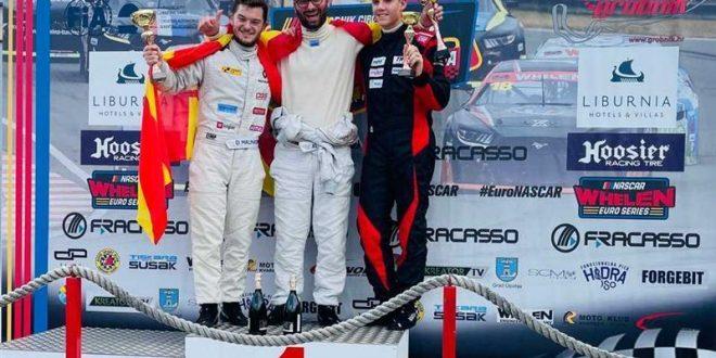 """(ФОТО) Македонците триумфираа со """"еден-два"""" победа на интернационалната FIA CEZ трка на Twingo CUP во Гробник"""